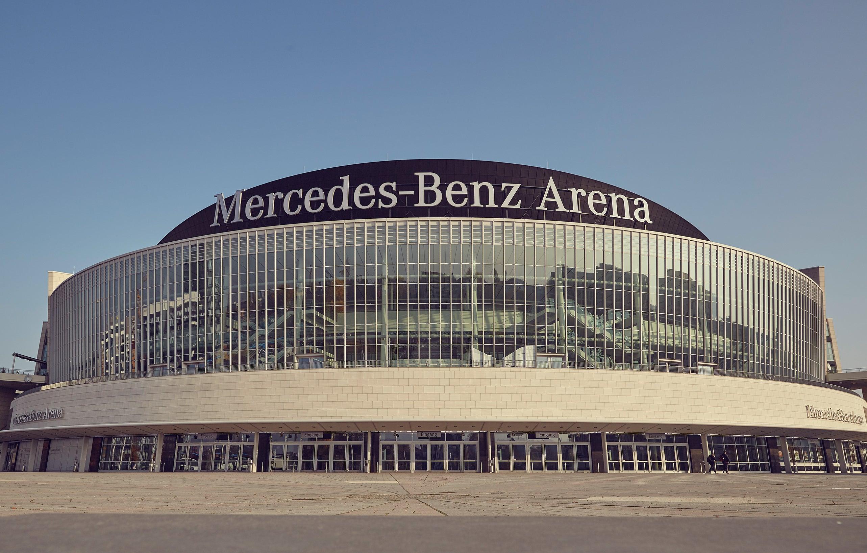 Au enansichten mercedes benz arena berlin for Mercedes benz arena