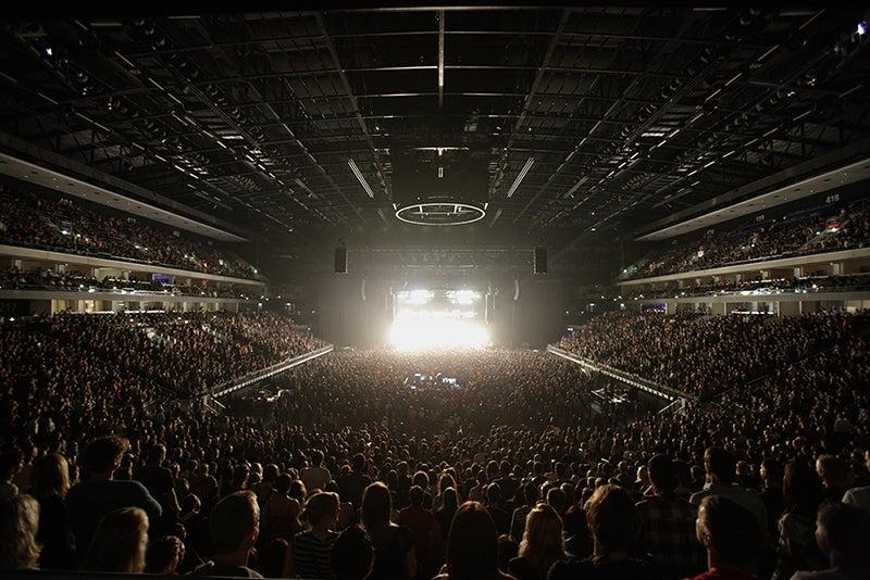 Mercedes Benz Arena Kapazität